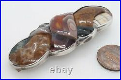 ANTIQUE VICTORIAN SCOTTISH SILVER CARVED AGATE KNOT PEBBLE BROOCH c1880