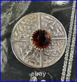 Antique Scottish Silver Thistle Brooch 25.3 grams, Hallmarked Glasgow 1951