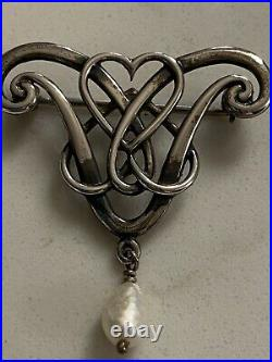 Rare Sterling Silver Scottish Ola Maria Gorie OMG Brooch Double Hearts With Pearl