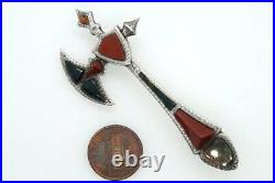 STRIKING ANTIQUE VICTORIAN SCOTTISH SILVER & AGATE AXE SHAPED BROOCH c1880