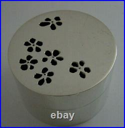 SUPERB HEAVY SCOTTISH SOLID STERLING SILVER TRINKET TABLE DESK BOX 1991 82g