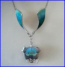Scottish Stg Silver & Enamel Floral Pendant / Necklace Pat Cheney Ortak c. 1990