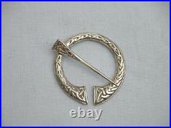 Superb Henderson & Horner Bros Scottish Solid Sterling Silver Penannular Brooch