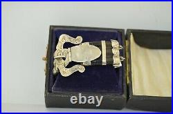 Victorian Boxed Scottish Sterling Silver Agate Bracelet